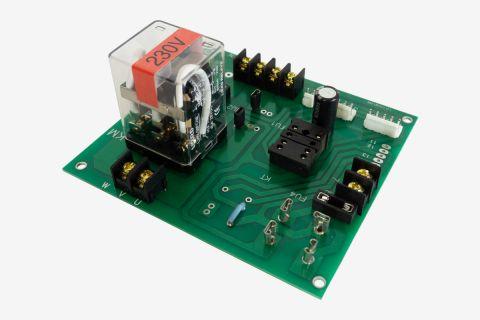 Abbildung einer 230V Platine für eine Scherenhebebühne