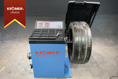 """Vollautomatische Reifenwuchtmaschine """"Cuxhaven"""" Werkstatteinrichtung"""